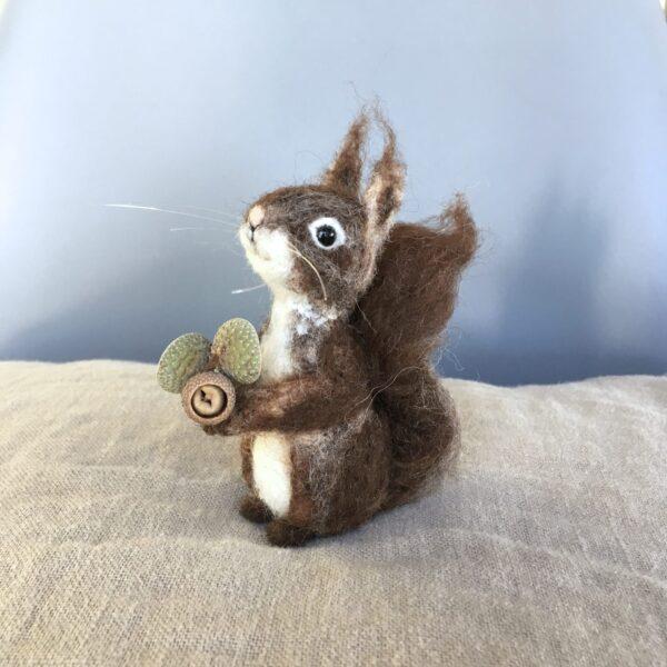 formlaut Eichhörnchen gefilzt